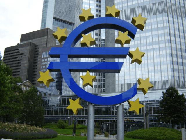 歐債危機間接燃起了國際投資者對於虛擬貨幣的興趣